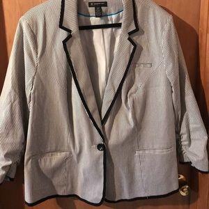 INC seersucker ruched sleeve blazer size 20w